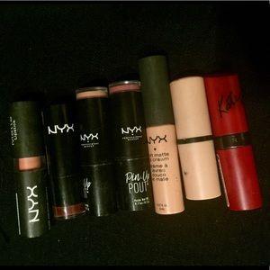 Other - NYX lipstick bundle!!!